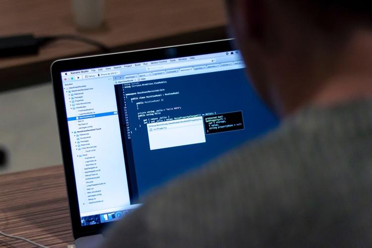 html web development companies